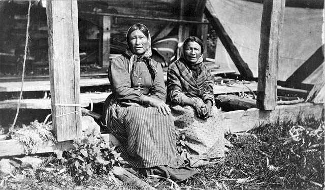 Two Ojibway women from Flying Post First Nation during Treaty 9 payment ceremony at New Brunswick House, Ontario, July 1906